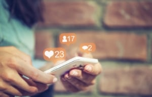 social responses on smartphone